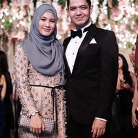 Tanpa kesan yang ribet, pasangan ini bisa terlihat kompak sekaligus stylish. (Sumber foto: dude2harlino/instagram)