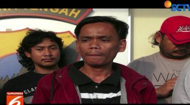 Suryana warga Tangerang, Banten, menebar teror melalui beberapa pesan singkat ke call center Rumah Sakit Islam Sultan Agung Semarang.