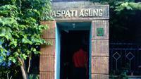 Rumah juru kunci makam di Lawas Maspati, kampung lawas di Kota Surabaya, Jawa Timur. (Liputan6.com/Dhimas Prasaja)
