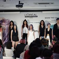 Tinggalkan gaya simpel dengan tampilan warna rambut yang colorful ini. (Sumber foto: L'Oréal Indonesia)