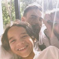 Potret BCL, Noah, dan mendiang Ashraf Sinclair. (Instagrm @ashrafsinclair)