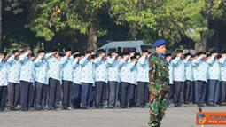 Citizen6, Cilangkap: Upacara ini dimulai pukul 08.00 WIB, di Lapangan Upacara Gd. B-3 (Agustinus Adi Sucipto) Mabes TNI Cilangkap dan selaku Komandan Upacara adalah Kolonel Lek Agus M. Bahron (Kabagtekinfo Pusdalops TNI). (Pengirim: Badarudin Bakri)