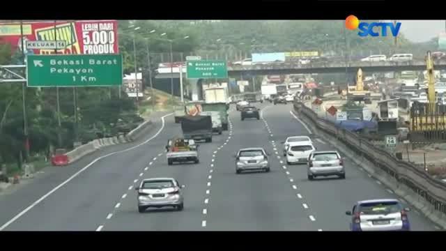 Pihak Jasamarga menghentikan sementara proyek jalan layang Tol Jakarta-Cikampek.