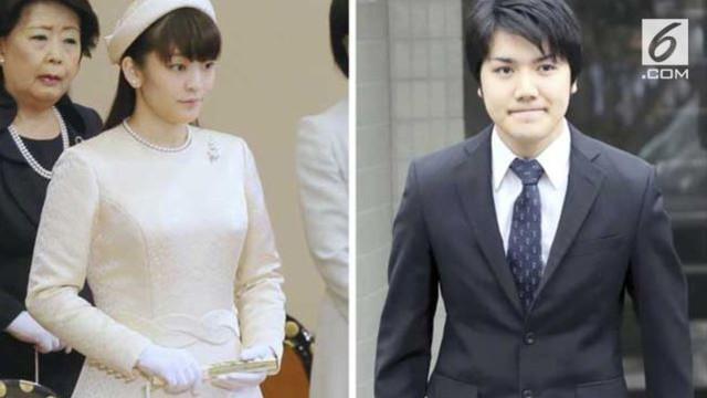 Putri Mako dan Kei Komuro bertemu pada tahun 2012 di sebuah restoran, saat mereka berdua belajar di Universitas Kristen Internasional di Tokyo, Jepang.