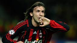 2. Andrea Pirlo - Setelah tampil dalam kurang dari 30 pertandingan di Serie A untuk Inter, Andrea Pirlo dijual ke klub rival AC Milan. Setelah dilepas oleh Inter, Pirlo sendiri menjadi salah satu playmaker sepak bola terbaik yang pernah ada. (AFP/Paco Serinelli)
