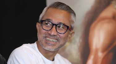 """""""Bangga pas lihat hasilnya dan hasilnya luar biasa semuanya. Mudah-mudahan ini jadi titik tolak yang lebih tinggi untuk perfilman Indonesia,"""" kata Lukman Sardi. (Nurwahyunan/Bintang.com)"""