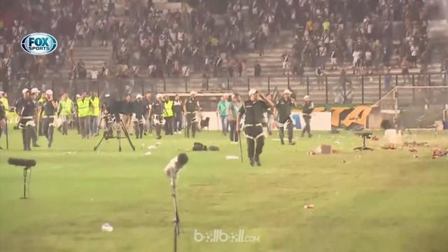 Berita video kerusuhan yang dipicu suporter Vasco da Gama saat kalah dalam derbi melawan Flamengo. This video presented by BallBall.