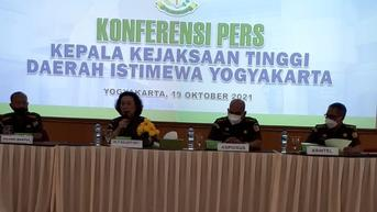 Detik-Detik Penangkapan Buronan Kasus Dana Rekonstruksi Gempa Yogyakarta oleh Kejati DIY di Bandung
