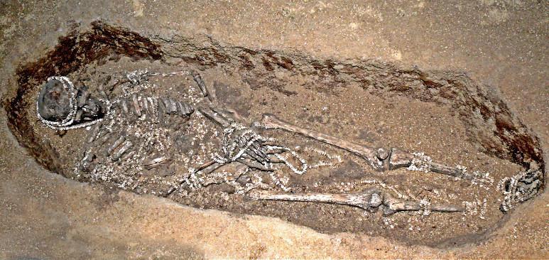 Situs purbakala Sunghir di Rusia Tengah berisi beberapa kuburan leluhur manusia dari 30 ribu tahun lalu. (Sumber Wikimedia Commons)
