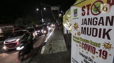 FOTO: Polisi Gagalkan Upaya Mudik Menuju Jawa Tengah