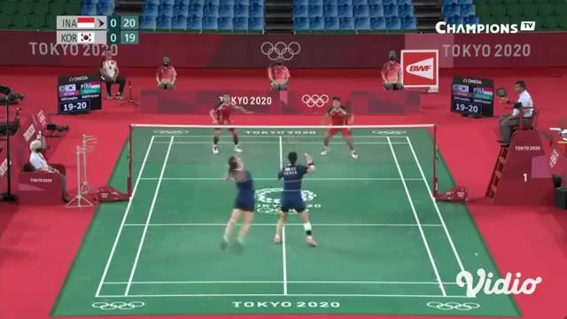 Ganda putri badminton Indonesia Greysia/ Apriyani sukses singkirkan pasangan Lee Sohee / Shin Seungchan dari Korea Selatan dua gim langsung. Permainan berakhir dengan skor 21-19 dan 21-17. Kemenangan ini membawa Greysia/ Apriyani lolos ke babak final...