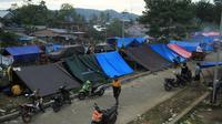 Pengungsi gempa Sulbar. (Foto: Liputan6.com/Abdul Rajab Umar)