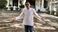 """""""Ini baru tujuh titik, rencananya di DKI akan ada 50 titik dan semoga akan terus berkembang ke seluruh Indonesia,"""" kata Eko yang juga menceritakan tentang program belajar online gratis bernama PAK EKO (Paket Edukasi Online). (Instagram/ekopatriosuper)"""