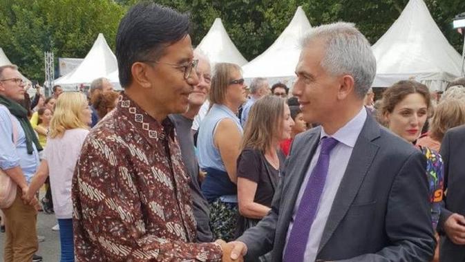 Banjir kuliner dan kerajinan khas Indonesia di Festival Mainuferfest, Jerman. (KJRI Frankfurt)