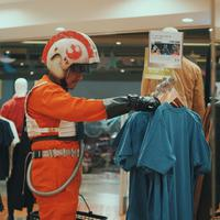 Kaus Star Wars. (Foto: Dok. UNIQLO)