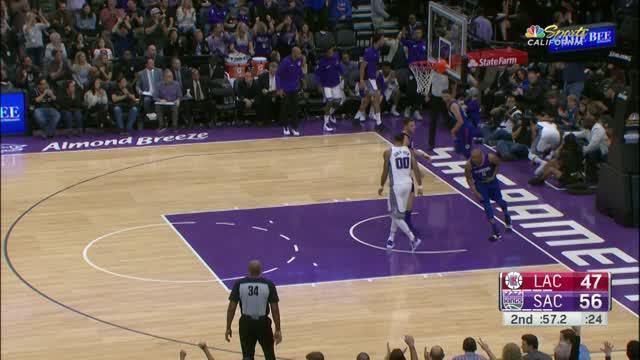 Blake Griffin jadi kunci kemenangan Los Angeles Clippers saat hadapi Sacramento Kings dengan skor 97-95.