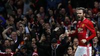 Gelandang Manchester United Juan Mata (Reuters / Jason Cairnduff)