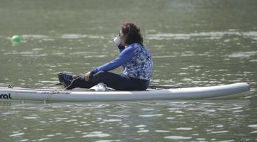 Susi Pudjiastuti Main Paddle Board