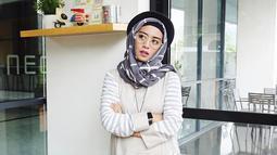 Youteber asal Malang ini memiliki kemampuan merias sejak lama. Vindy mengabadikan hasil karya makeupnya lewat kanal YouTube sejak tahun 2014 silam. (Liputan6.com/IG/@inivindy)