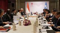 Presiden Joko Widodo (Jokowi) dan Managing Director IMF Kristalina Georgieva bertemu di sela-sela KTT ke-35 ASEAN di Bangkok, Thailand. Dok Setkab