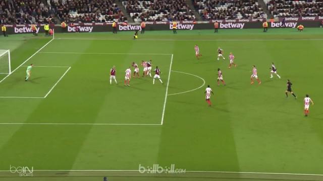Berita video perjuangan Stoke City melawan West Ham United untuk mengeluarkan mereka dari zona degradasi Premier League 2017-2018. This video presented by BallBall.