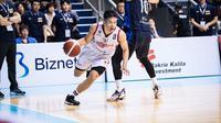 Abraham Damar Grahita membela timnas basket Indonesia pada kualifikasi FIBA Asia Cup. (Dok Perbasi)