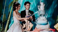 Pernikahan pasangan Crazy Rich Asian, Rachel Wee dan Ken Chen yang super mewah. (dok. Instagram @rachelbambi/https://www.instagram.com/p/BvMTlsdFpfW/Putu Elmira)
