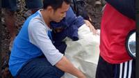 Seorang mahasiswi pendaki yang dilaporkan hilang kontak di puncak Gunung Gamalama berhasil ditemukan Kamis (21/6/2018) pukul 06.35 WIT. (Liputan6.com/Hairil Hiar)