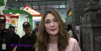 Luna Maya mengaku baru pertama kali datang ke Jakarta Fair, seperti apa kehobohan Luna Maya? Simak hanya di Bintang.com