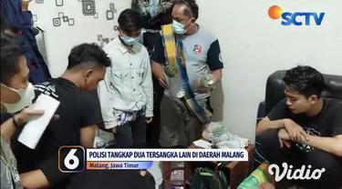 Penangkapan kurir ganja oleh aparat Satresnarkoba Jember, Jawa Timur, berhasil mengamankan barang bukti berupa 1,4 kilogram ganja di pinggir jalan.