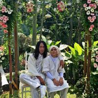 Aming dan Evelyn (Ria Irawan)