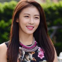 Lihat kecantikannya, nggak nyangka kalau usia Ha Ji Won hampir 40 tahun lho. Awet muda banget! (Foto: jauhari.net)