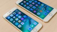 iPhone 7 (kiri) dan iPhone 7 Plus (kanan). (Doc: Digital Trends)