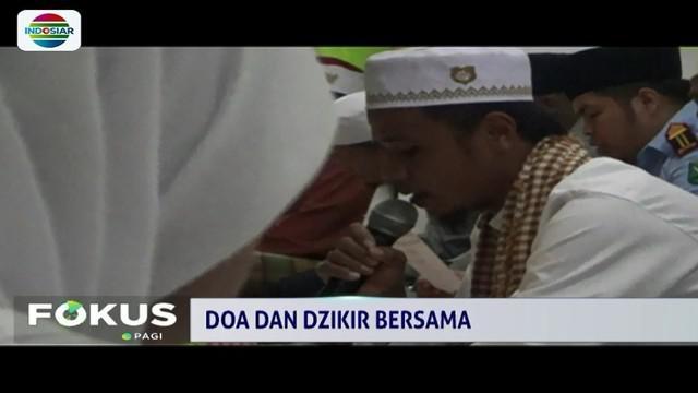 Ungkapkan rasa prihatin dan duka atas musibah yang menimpa negeri, warga Ambon gelar doa dan zikir bersama di penghujung tahun 2018.