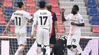 AC Milan meraih kemenangan 2-1 atas Bologna pada laga pekan ke-20 Serie A di di Stadio Renato Dell'Ara, Sabtu (30/1/2021) malam WIB. (Massimo Paolone/LaPresse via AP)
