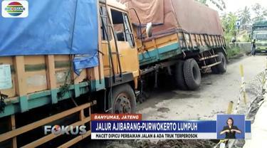 Ratusan kendaraan terjebak macet di jalur Ajibarang-Purwokerto akibat proyek pembangunan jalan dan truk terperosok.
