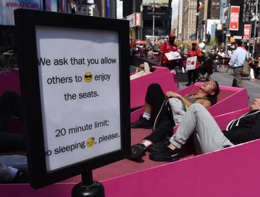 Tantangan Berjemur di Pedestrian New York-AFP Photo-20170503