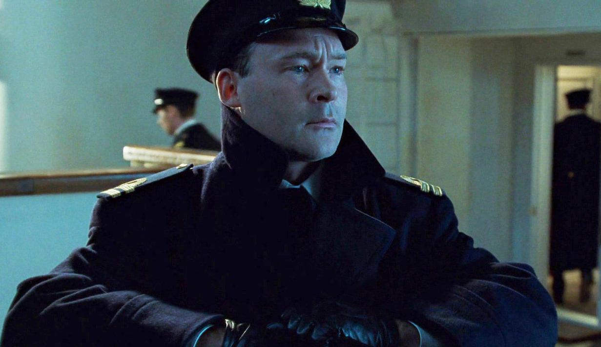 Aktor Titanic, Mark Chapman ditangkap atas tuduhan pencekikan  kekasihnya. (Metro)