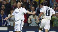 Ronaldo Luis Nazario da Lima memperkuat Real Madrid pada tahun 2002-2007. Peraih tiga gelar Pemain Terbaik Dunia ini mempersembahkan gelar La Liga, Piala Interkontinental, dan Piala Super Spanyol. (AFP/Christophe Simon)