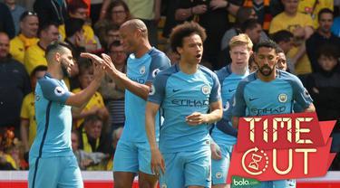 Legenda Manchester United, Ryan Giggs, menilai Manchester City memiliki barisan lini depan 'mengerikan'.