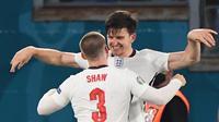Pelatih Timnas Inggris, Gareth Southgate, terkesan dengan penampilan Luke Shaw yang menyumbang tiga assist dalam kemenangan 4-0 melawan Ukraina. (AFP/Alberto Lingria)