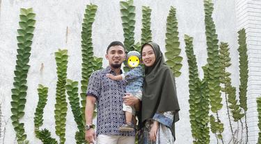 6 Potret Keluarga Kecil Lindswell Kwok Mantan Pewushu Indonesia, Harmonis