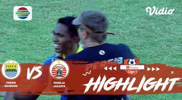 Berita Video Gol Tendangan Keras Frets Butuan Buka Keunggulan Persib Atas Persija, 1-0