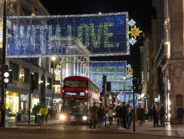 Lampu Natal di Oxford Street
