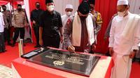 Kapolri Jenderal Listyo Sigit Prabowo meresmikan bangunan pesantren di Banten. (Ist)