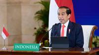 Presiden Joko Widodo (Jokowi) dalam sambutan secara virtual pada pembukaan Hannover Messe 2021 dari Istana Negara, Jakarta, Senin, 12 April 2021. (Biro Pers Sekretariat Presiden/Muchlis Jr.)