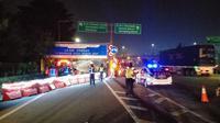 PT Jasa Marga (Persero) Tbk memberlakukan penyekatan atau pembatasan kendaraan di sejumlah titik di Jalan Tol Jakarta-Cikampek (Japek). Dok Jasa Marga