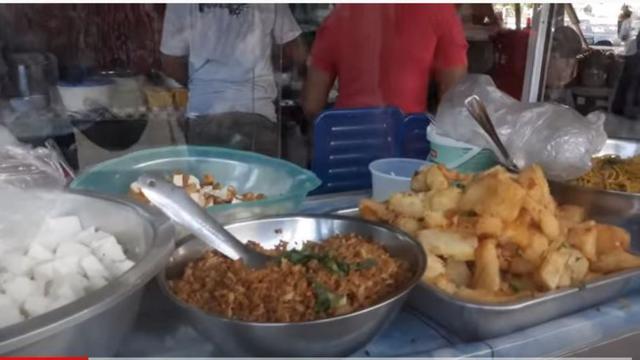 Di Suriname Ada Pasar yang Ragam Makanan Khas Jawa