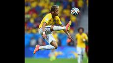 6 pesepak bola dunia seperti Raheem Sterling, Mario Goetze, Memphis Depay, Neymar, James Rodriguez yang mulai bersinar kariernya sejak mereka tampil dari Piala Dunia U-17.