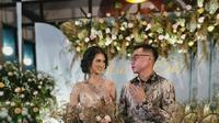 Momen Pertunangan Atries Angel Mantan Chef Juna dan Kekasih. (Sumber: Instagram.com/atriestic_officially)